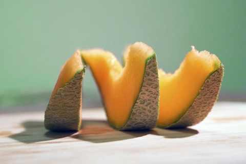 哈密瓜怎么挑才好吃